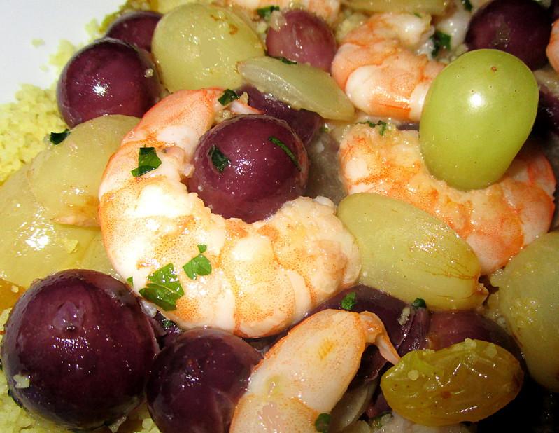 Crevettes aux Raisins et Couscous